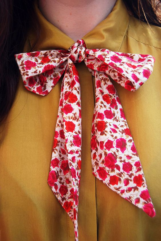 Make your own pussy bow tie   Girlfriend is Better