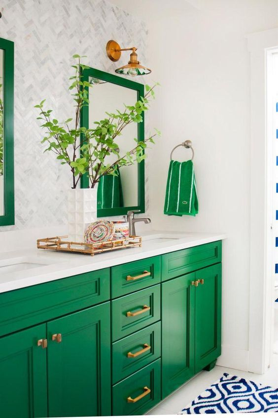 Kelly green bathroom cabinets | Bathroom decor | Girlfriend is Better