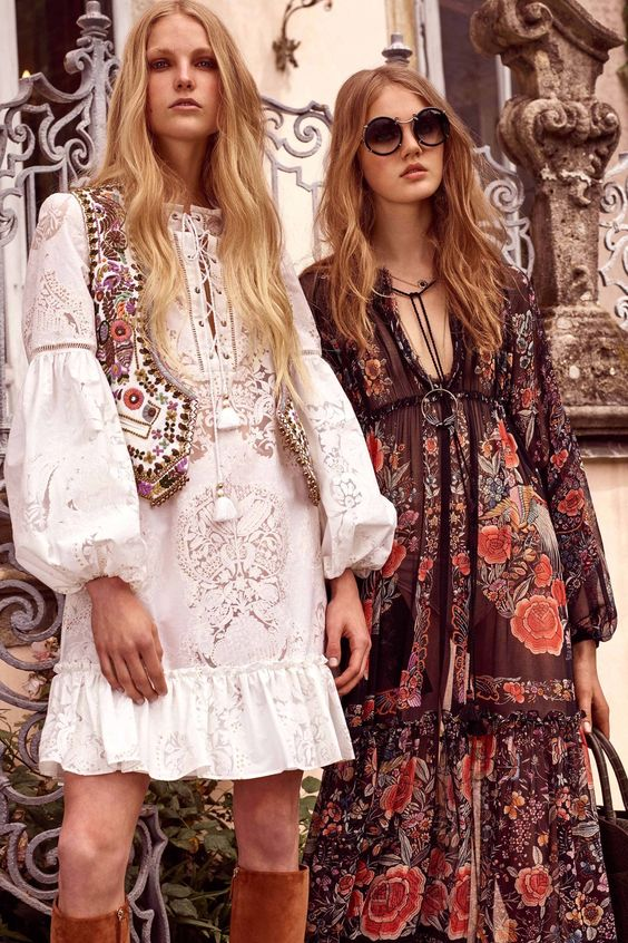 festival fashion Roberto Cavalli Resort 2017 | Girlfriend is Better