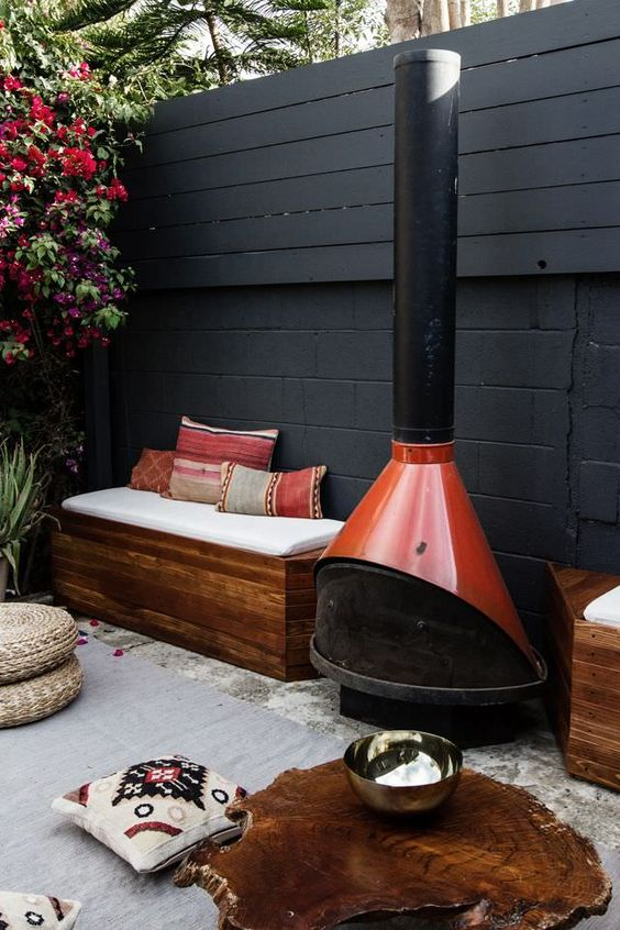 Mid-century modern retro fire pit | Fireplace Feng Shui | Girlfriend is Better