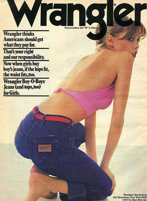 Check the back! | High-rise jeans | Girlfriend is Better