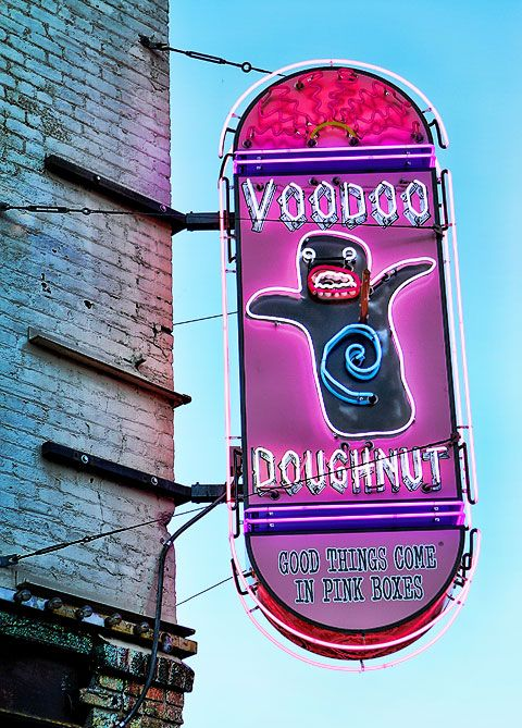 Voodoo Donuts | Portland Oregon travel guide | Girlfriend is Better