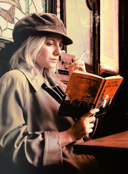 Mélanie, Inglourious Basterds | Learn financial advice from these quick reads | Girlfriend is Better