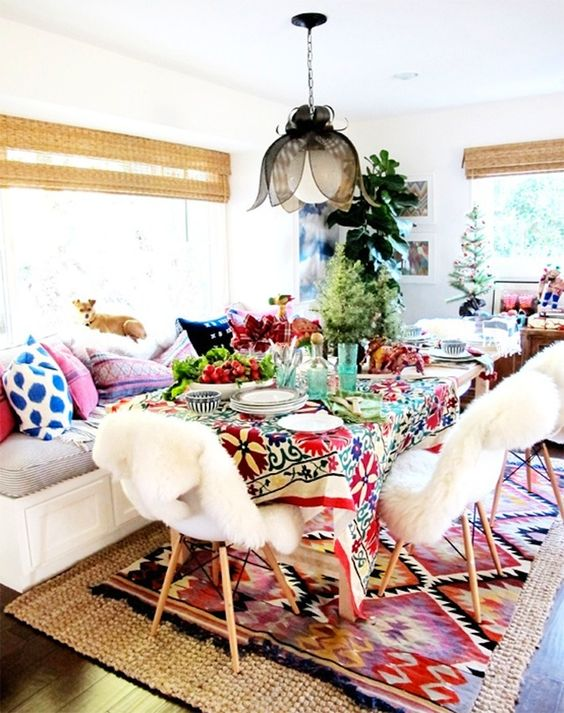 Table settings Bohemian eclectic style | Girlfriend is Better