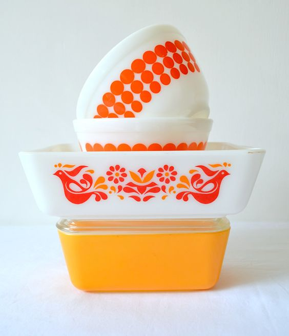 Vintage Pyrex bakeware | Girlfriend is Better
