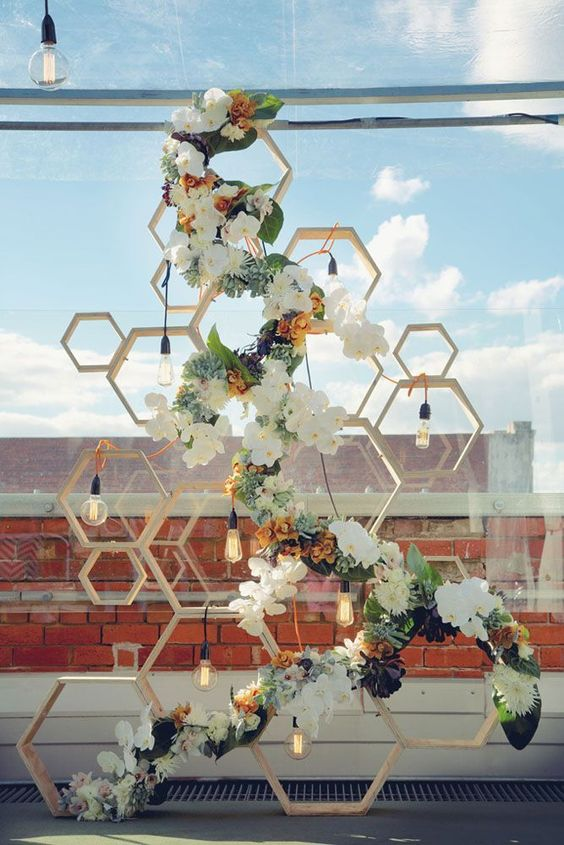 Honeycomb backdrop is a gorgeous use of the practical hexagon | Girlfriend is Better