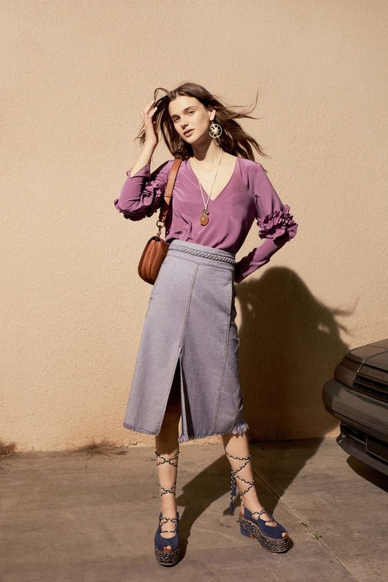 Muted purple pairs well with grey and brown for the office | See by Chloé Spring 2017 Ready-to-Wear | Girlfriend is Better