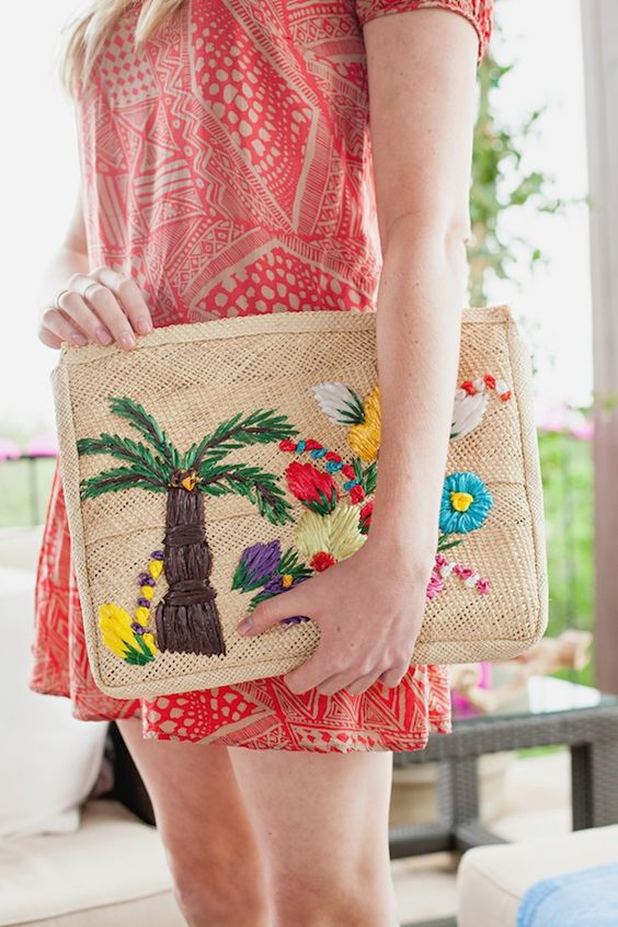 Island style straw purse for baby | Girlfriend is Better