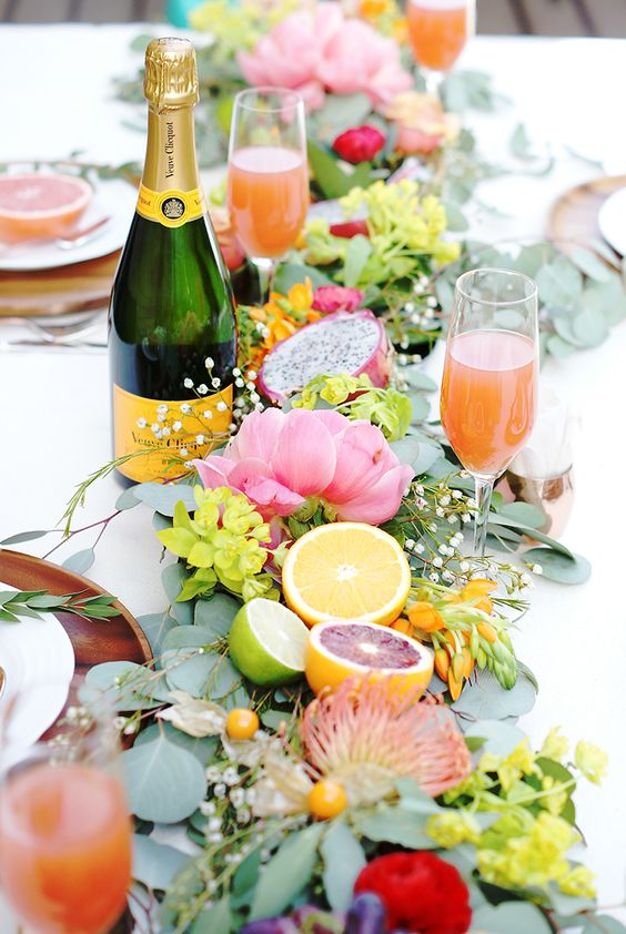 Bright tablescapes for spring | Girlfriend is Better