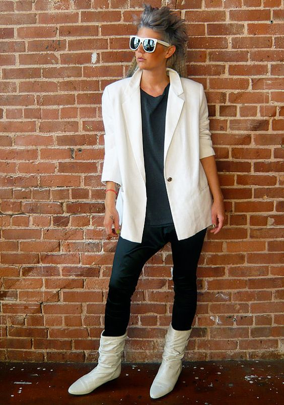 White boots + white blazer | Girlfriend is Better