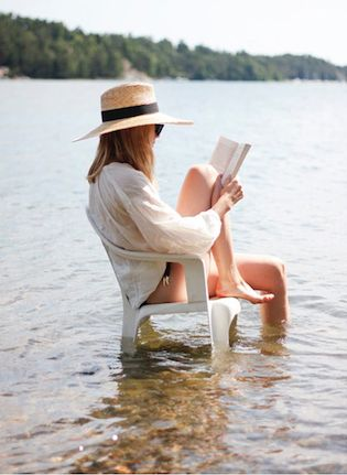 Classic novels for summer reading | Girlfriend is Better