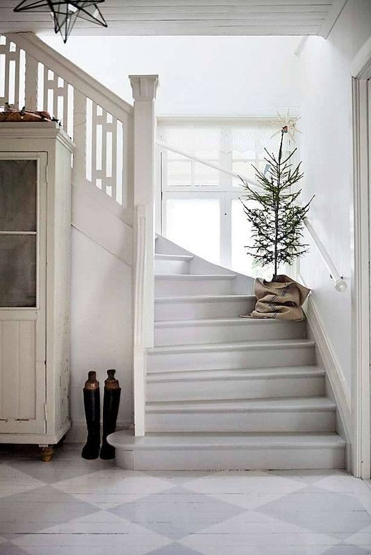 Christmas tree on stairs | Hygge decor | Girlfriend is Better