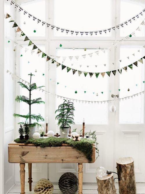 Christmas tree display on a table with banners | Hygge decor ideas | Girlfriend is Better