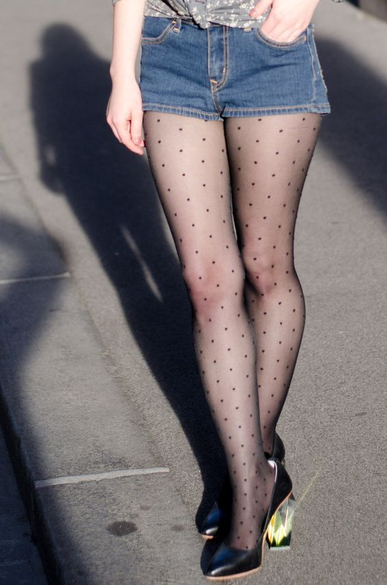 Nylon stockings with polka dots | Girlfriend is Better