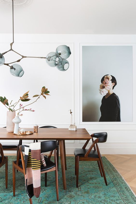 Teal rug in mid-century modern dining room | Girlfriend is Better