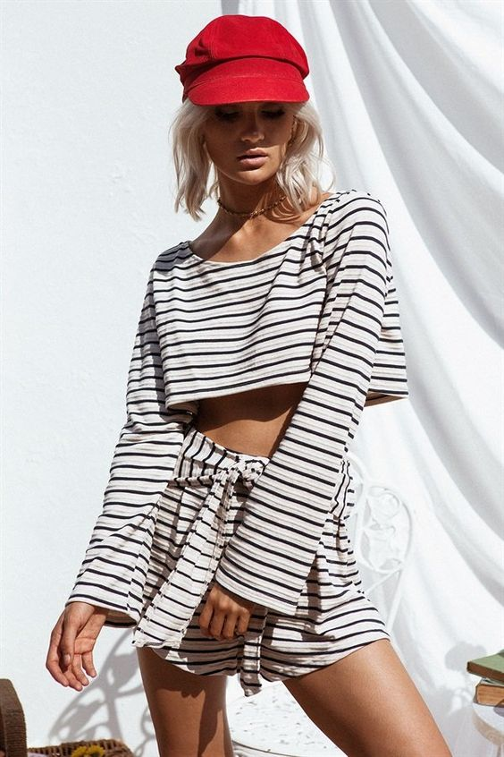 Crop tops and striped shorts set | Girlfriend is Better