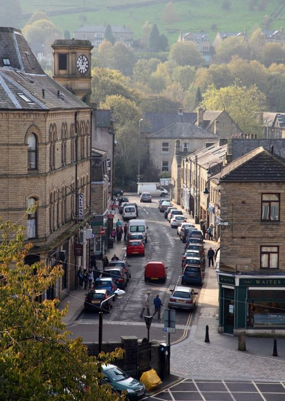 British crime drama locations | Happy Valley | Hebden Bridge Upper Calder Valley West Yorkshire | Girlfriend is Better