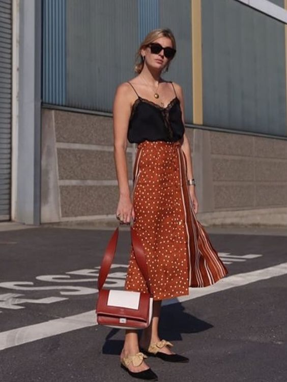 Polka dot midi skirts | Lace silk camisole | Girlfriend is Better