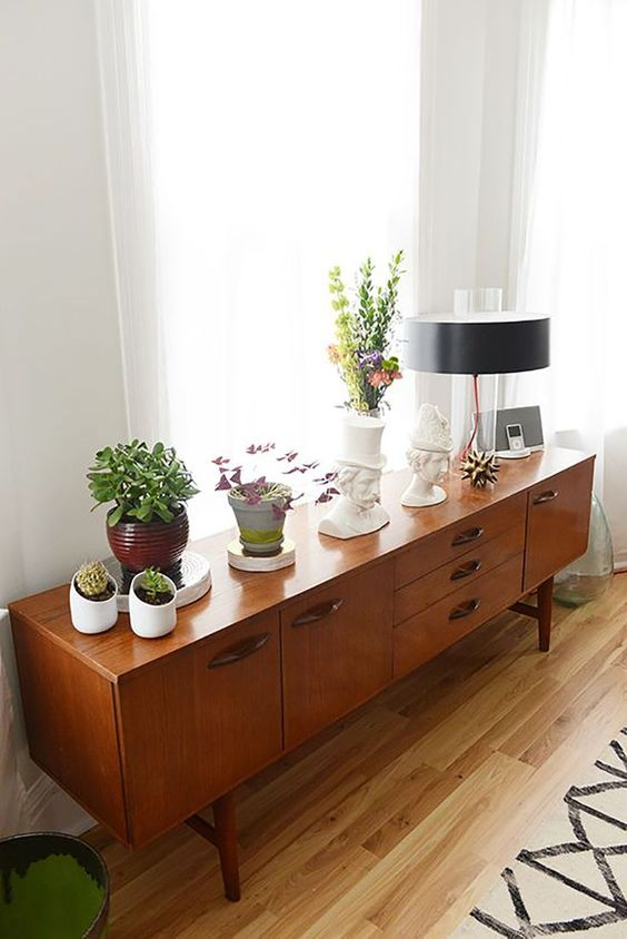 console styling mid-century modern | plants vintage lamps | Girlfriend is Better