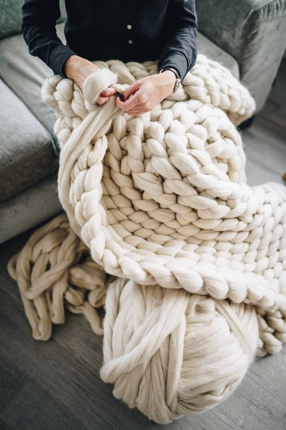 Chunky Knit Blanket DIY | white arm knitting wool | Girlfriend is Better