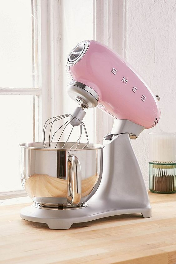 SMEG | Pink stand mixer | Girlfriend is Better