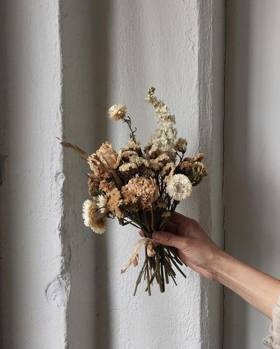 Preserved Bouquets | Hand dried flowers | Girlfriend is Better
