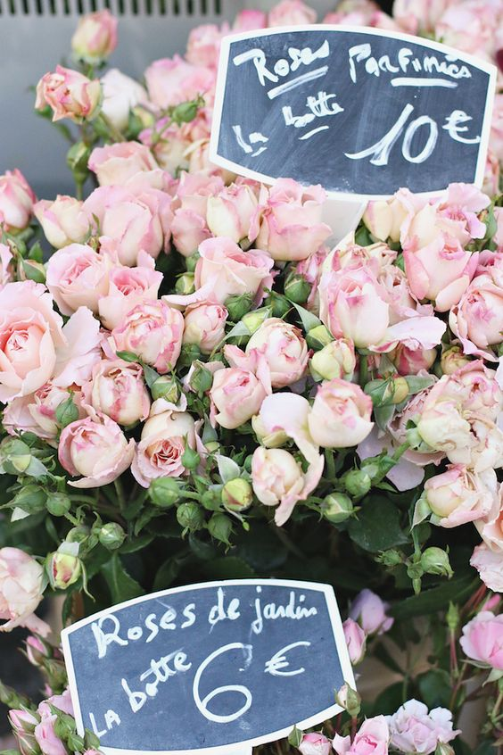 paris 7th arrondissement | rue cler farmer's market flowers roses france travel tips | Girlfriend is Better