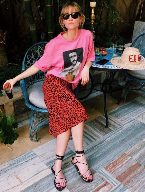 summer sandals | vividly dressed woman at trendy cafe | Girlfriend is Better