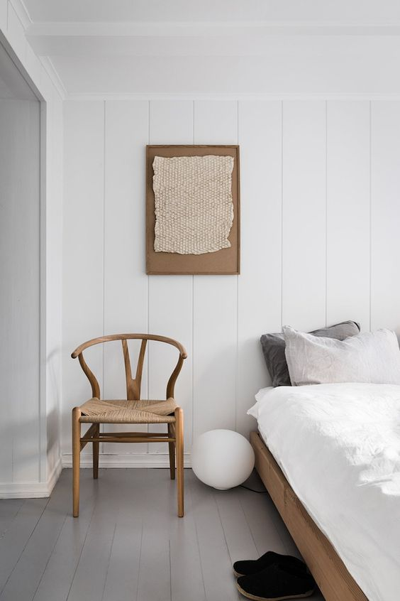horseshoe chairs | minimalism bedroom wood element hygge natural | Girlfriend is Better