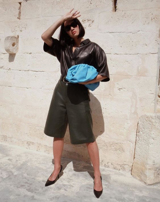 oversized clutches | work wear culottes leather blue | Girlfriend is Better